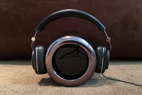 mac-pro-size-bw-p7-headphones-100221195-gallery.jpg
