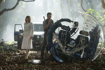 jurassic-world-pratt-howard.jpg